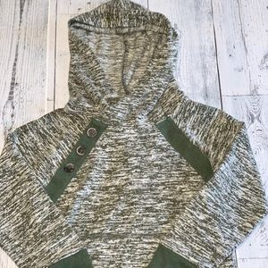 5 for $25 Cat & Jack green and white girl pullover